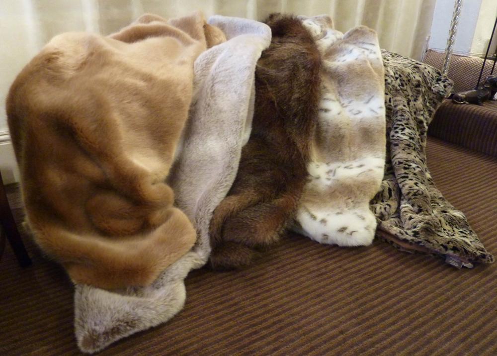Jenny Blanc Fur Throws