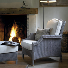 An armchair with classic lines. The Francis chair is so suitable for any home, any hemisphere
