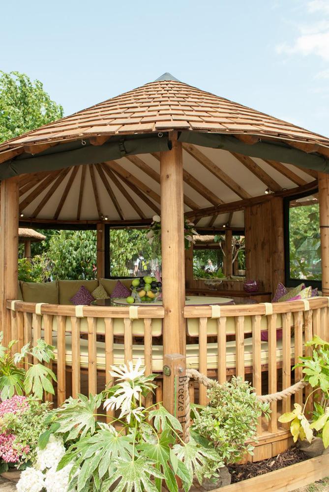 Jenny Blanc Blog - Garden Buliding