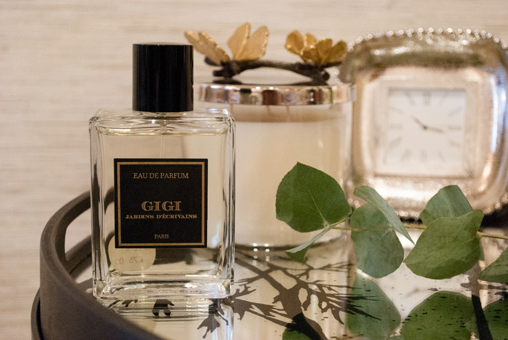 Jenny Blanc Blog - Gigi by Jardins D'Ecrivains Scented Candle and Clock