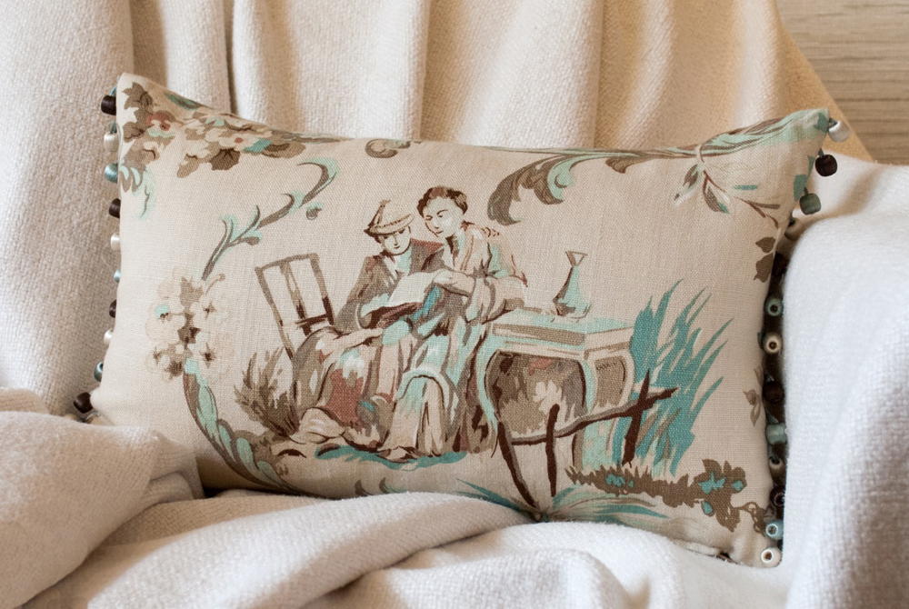 Jenny Blanc Blog - Exclusive Cushions Features Jean Monro Fabric