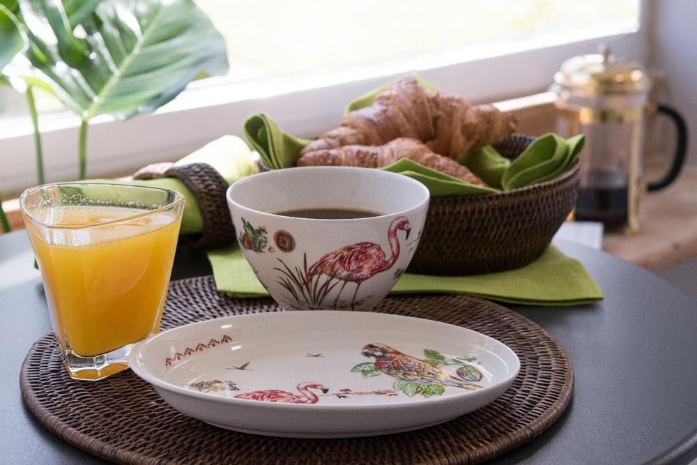 Jenny Blanc Blog - Fine Porcelain Set
