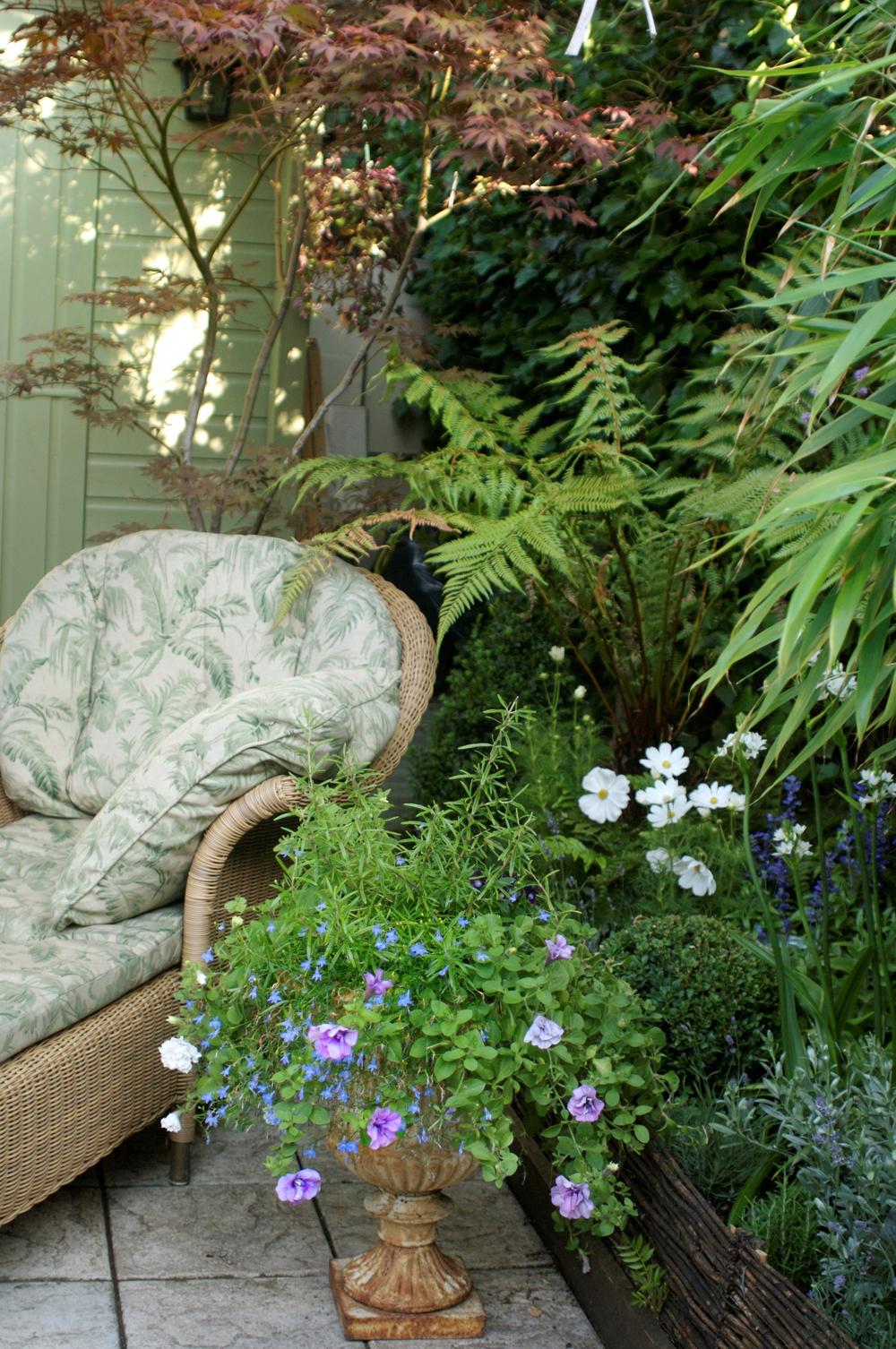 Jenny Blanc Blog - Floral Arrangement