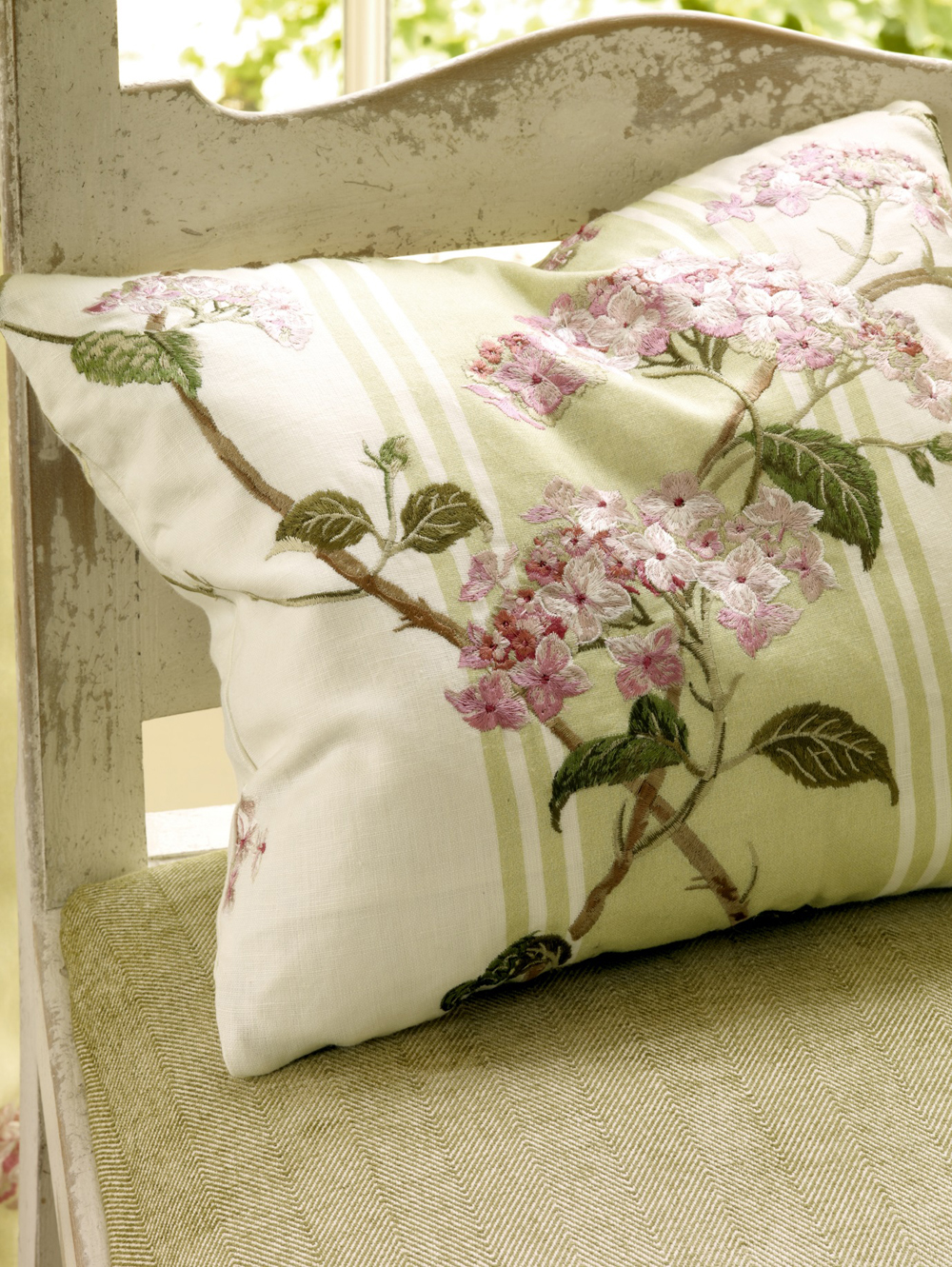 Jenny Blanc Blog - Colefax and Fowler Fabric Cushion